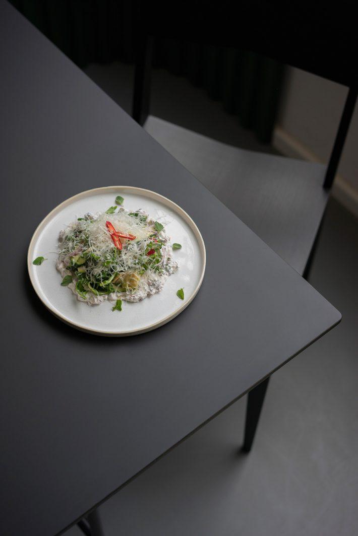 Modena artichoke salad