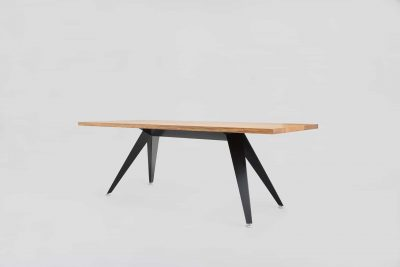Busy Table Square / Solid Oak
