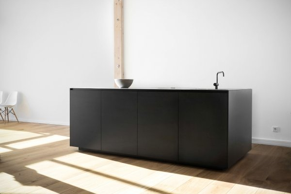 JZ Kitchen by MYKILOS. Tailor-made designer kitchens in  Hamburg & Berlin.