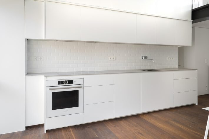 STUDIO 12B ERLIN Kitchen & interior by MYKILOS. Tailor-made designer kitchens in Hamburg & Berlin.