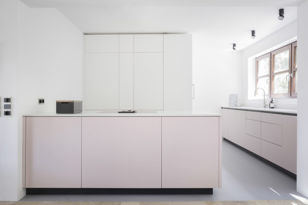 MV Kitchen by MYKILOS in Stuttgart. Tailor-made designer kitchens in Hamburg & Berlin.