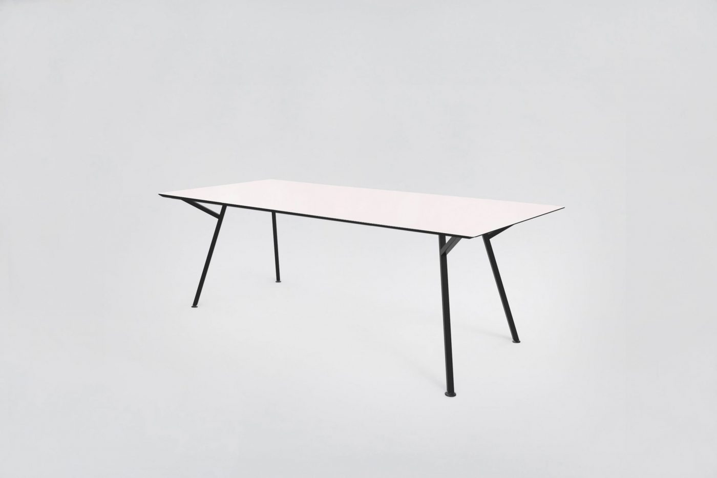 MY KILOS EGON TABLE  LIGHT PINK ROSABLACK scaled