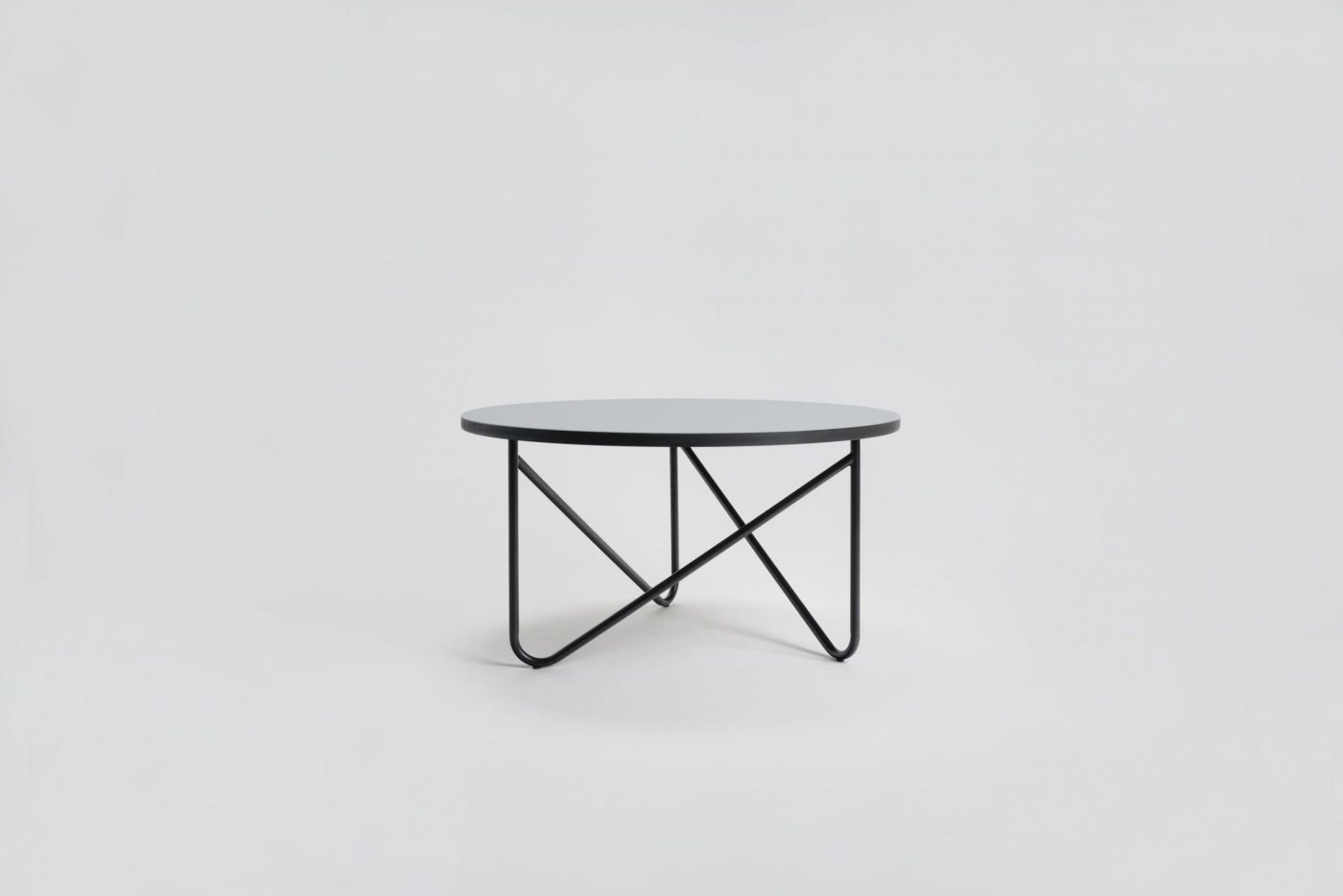 01 MYKILOS VVV TABLE BLACK GREEN ROSE  GRAY LINOLEUM scaled