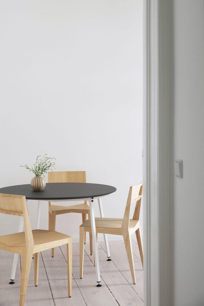 Easy Table Round / White Base