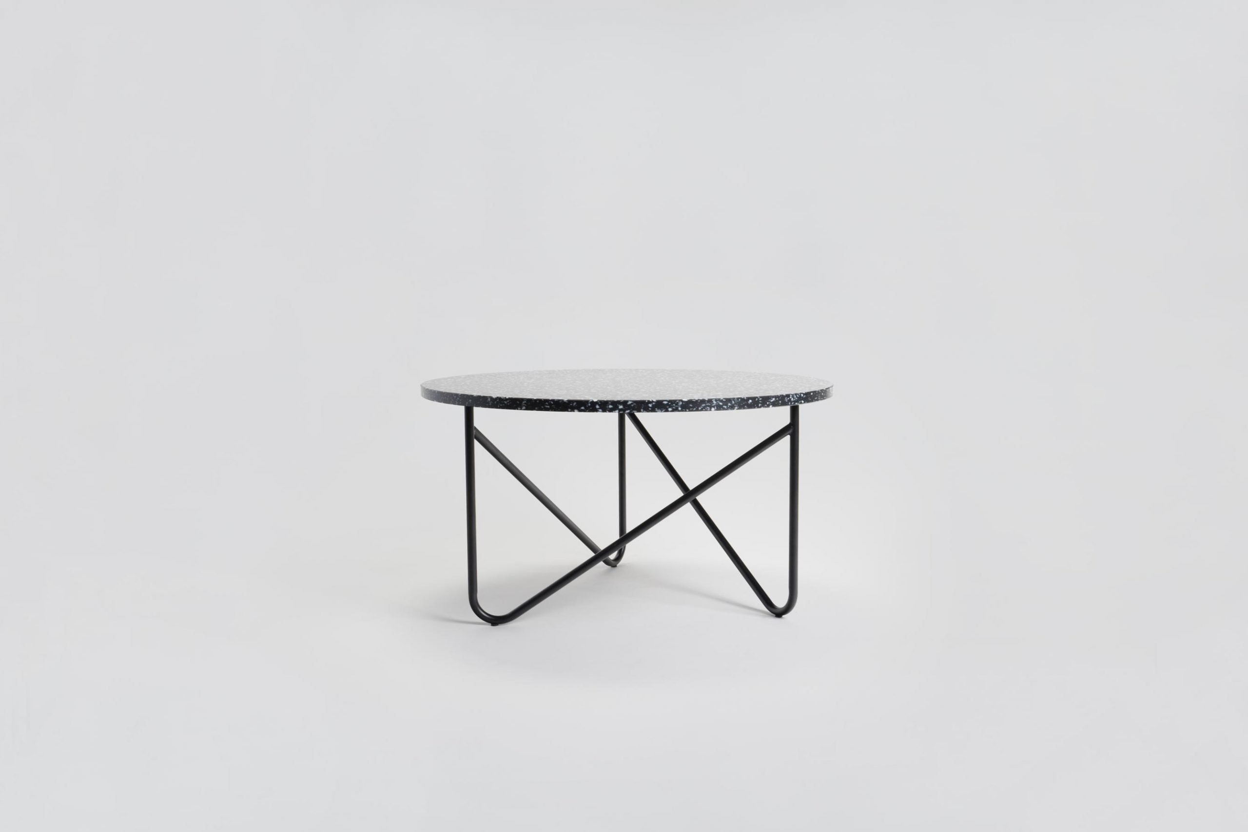 VVV Table / Black Stracciatella