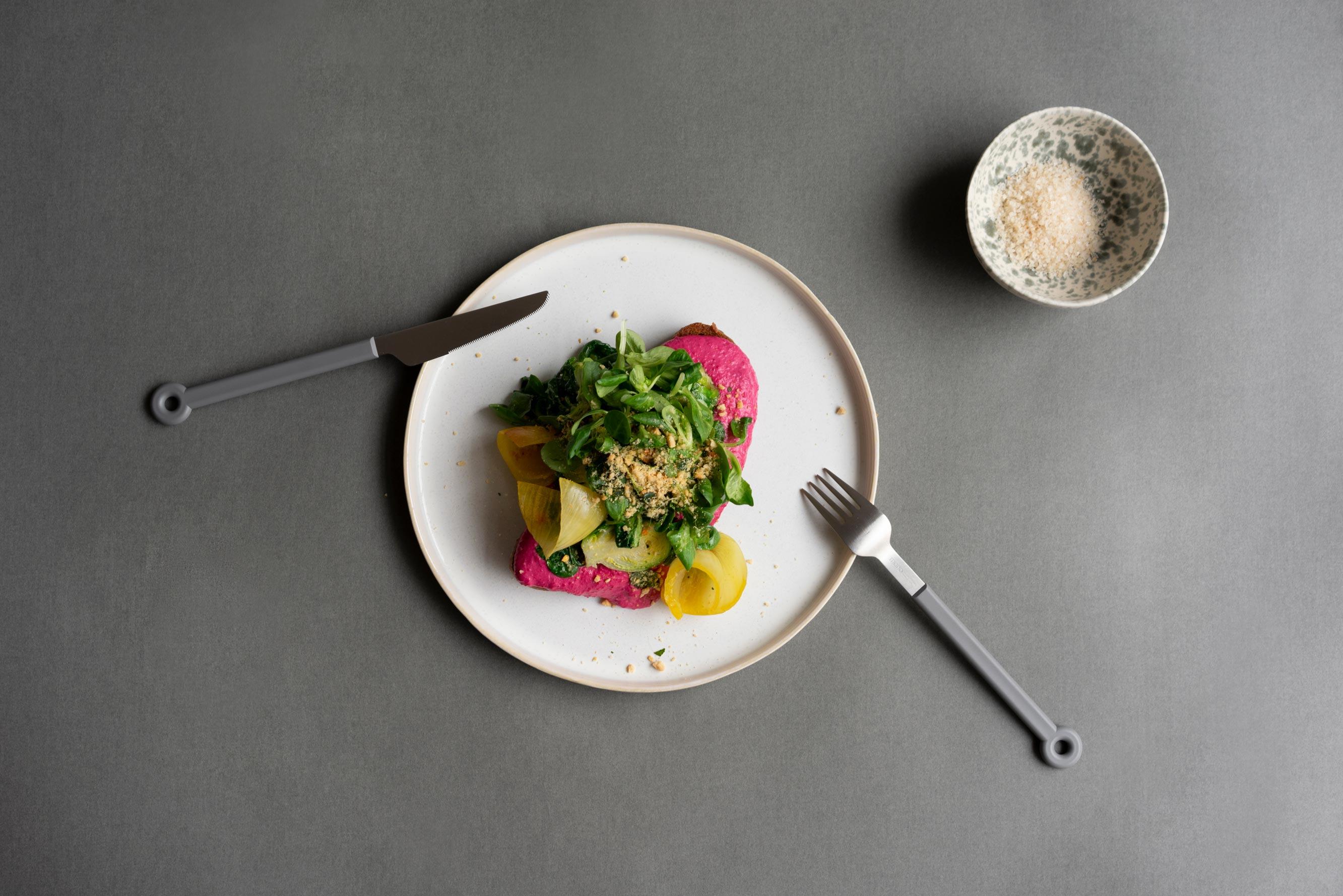 Rote Bete Hummus Crunch | von Baldon